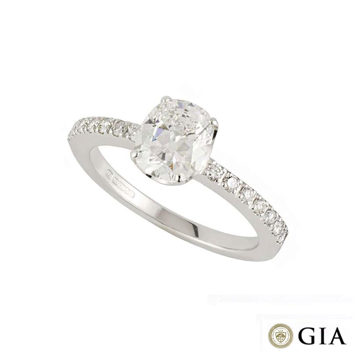 18k White Gold Cushion Cut Diamond Ring 1.25ct E/VS1